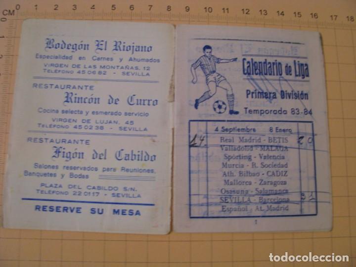 Coleccionismo deportivo: CALENDARIO LIGA PRIMERA DIVISIÓN TEMPORADA 1983-84 - - BETIS. MAL ESTADO. - Foto 2 - 236804220
