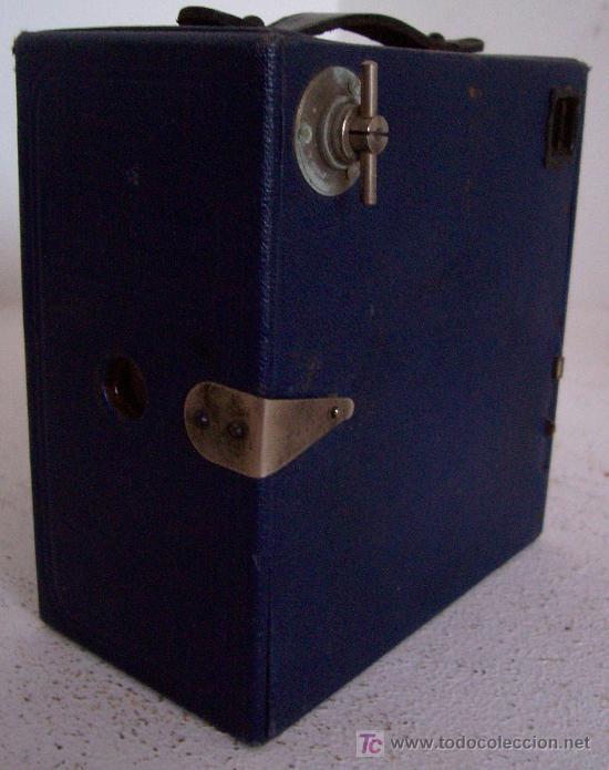 Cámara de fotos: bonita camara ensign E29 en azul , fabricado en inglaterra años 30 aprox (13,5x13x7cm aprox) - Foto 2 - 25232961