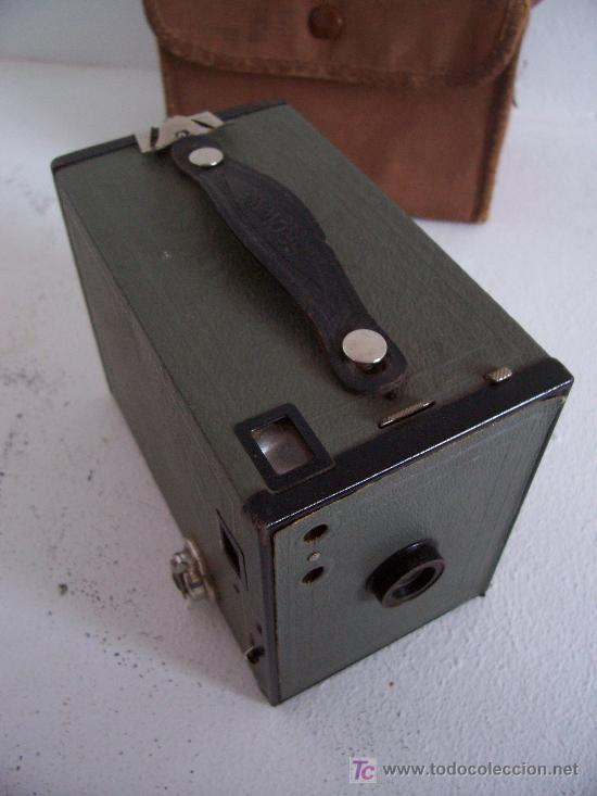 Cámara de fotos: rara camara kodak: brownie nº2 en gris, 1929-1933, fabricado en inglaterra - Foto 3 - 25232962