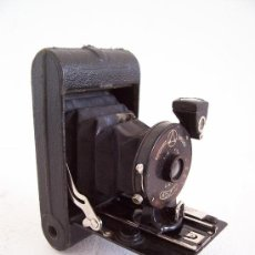 Cámara de fotos: PEQUEÑA CAMARA ERNEMANN DRESDEN, ROLF I, FABRICADO EN ALEMANIA 1924. Lote 26992865