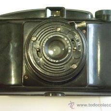 Cámara de fotos: M.I.O.M. PHOTAX BLINDE OBJETIVO BOYER FORMATO MEDIO 6X6 CM FRANCESA BAQUELITA AÑOS 50 FUNDA ORIGINAL. Lote 26558836