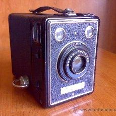 Cámara de fotos: ANTIGUA CAMARA KODAK BOX 620 B PERISKOP AÑO 1937. Lote 26753706