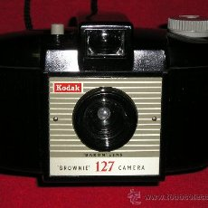 Cámara de fotos: CAMARA KODAK BROWNIE 127 NUEVA A ESTRENAR. Lote 29043769