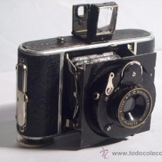 Cámara de fotos: WELTA GUCKI 3X4 FILM 127 SCHNEIDER KREUZNACH RADIONAR 50 F4,5 MODELO ESCASO AÑO 1930. Lote 29260715