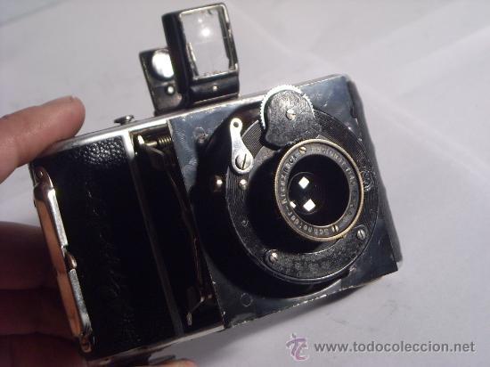 Cámara de fotos: Welta Gucki 3x4 film 127 Schneider kreuznach Radionar 50 f4,5 Modelo escaso Año 1930 - Foto 21 - 29260715