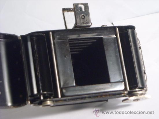 Cámara de fotos: Welta Gucki 3x4 film 127 Schneider kreuznach Radionar 50 f4,5 Modelo escaso Año 1930 - Foto 14 - 29260715