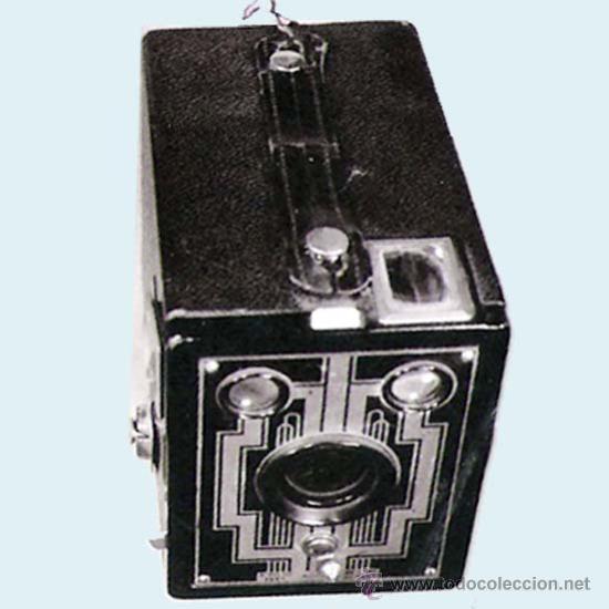 CAMARA DE FOTOS SIX-20 BROWNIE DE LA CASA KODAK FILM 620.FABRICACIÓN 1934 (Cámaras Fotográficas - Antiguas (hasta 1950))