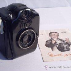 Cámara de fotos: BILORA (KÜRBI & NIGGELOH), BOY BOX BAQUELITA NEGRA FILM 127 AÑO 1949 RARA.. Lote 31282942