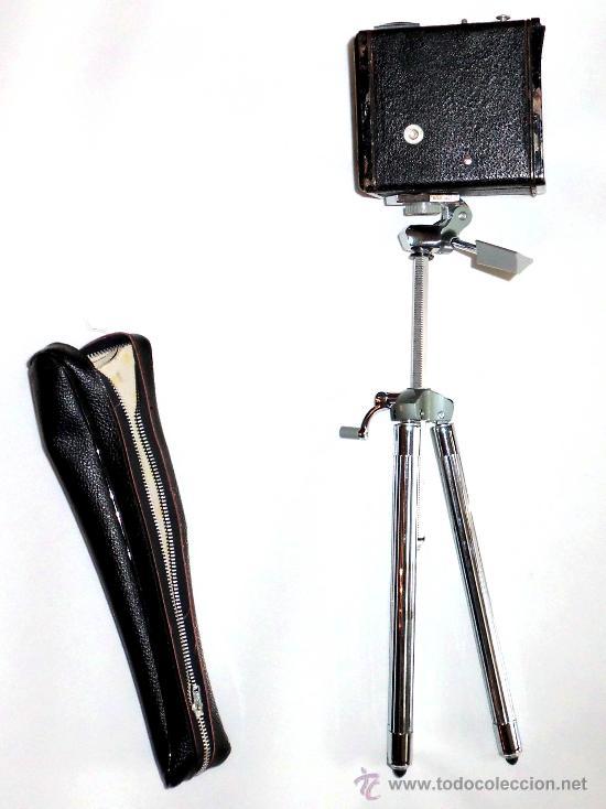 Cámara de fotos: CAMARA ANTIGUA,KODAK SIX-20 BROWNIE MODEL E , DATA DE 1946 con tripode - Foto 2 - 31352744