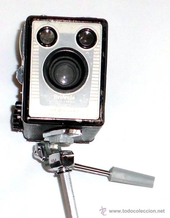 Cámara de fotos: CAMARA ANTIGUA,KODAK SIX-20 BROWNIE MODEL E , DATA DE 1946 con tripode - Foto 6 - 31352744