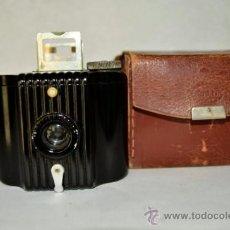 Cámara de fotos: KODAK BABY BROWNIE. Lote 32829561