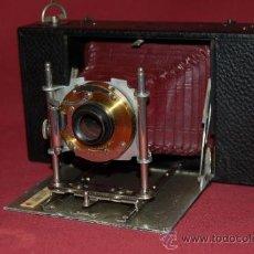 Cámara de fotos: BONITA CÁMARA DE FUELLE ROJO KODAK ? DE 1900.. Lote 34096461