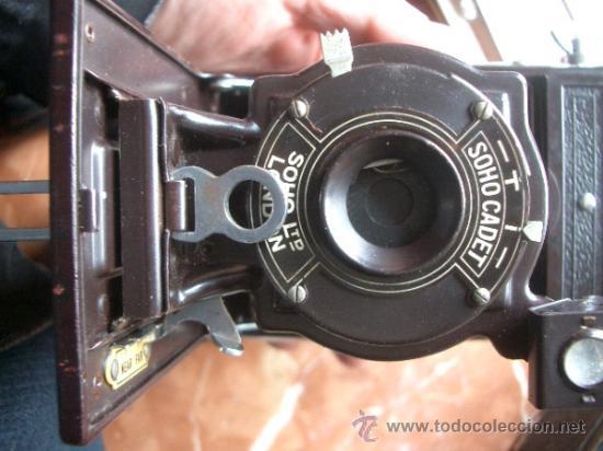 Cámara de fotos: Antigua Soho Cadet de baquelita y fuelle marrón en su caja original Art Decó - Foto 8 - 36607492