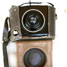 Cámara de fotos: ANTIGUA CAMARA PARA NIÑO -BABY BROWNIE-KODAK USA, AÑO 1936-1940,EPOCA GUERRA CIVIL ESPAÑOLA,VINTAGE. Lote 38554064