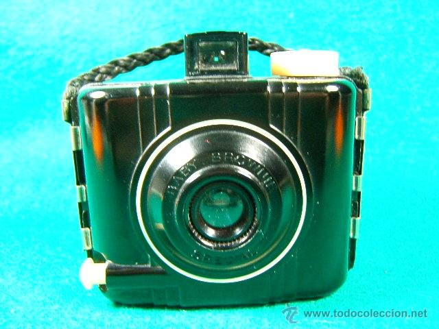 KODAK BABY BROWNIE SPECIAL-COMPACTA CUADRADA MADE IN U.S.A.-MENISCO-BAQUELITA-CAMARA FOTOGRAFICA... (Cámaras Fotográficas - Antiguas (hasta 1950))