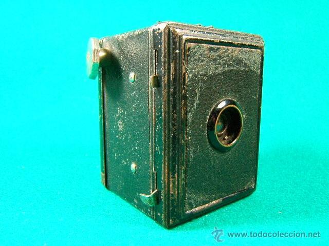 CAMARA DE CAJON ¿BOX?-3X4-PELICULA ROLLO 127-GAP-DECADA 1930?-MINIATURA 8X6X6 CM-FUNCIONA-MUY RARA. (Cámaras Fotográficas - Antiguas (hasta 1950))