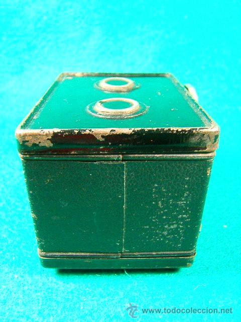 Cámara de fotos: CAMARA DE CAJON ¿BOX?-3X4-PELICULA ROLLO 127-GAP-DECADA 1930?-MINIATURA 8X6X6 CM-FUNCIONA-MUY RARA. - Foto 4 - 40925110