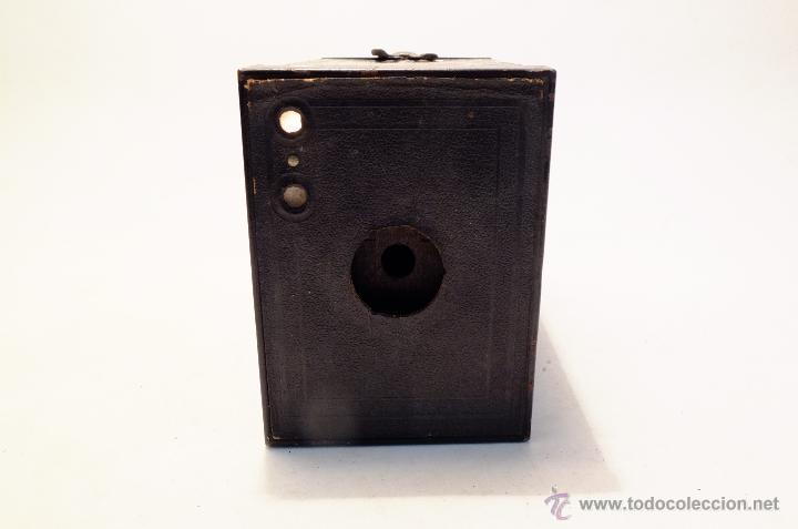 Cámara de fotos: Cuerpo de cámara Kodak Brownie nº 2 para piezas o restaurar - Foto 2 - 43377274
