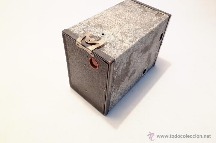 Cámara de fotos: Cuerpo de cámara Kodak Brownie nº 2 para piezas o restaurar - Foto 3 - 43377274