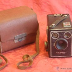 Cámara de fotos: CÁMARA FOTOGRÁFICA KODAK SIX - 20 BROWNIE C + FUNDA.. Lote 46016939