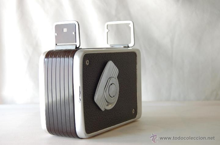 Cámara de fotos: COLECCIONISTAS- Camara filmadora 8 mm. BROWNIE KODAK movie camera U.S.A. decada 50s - Foto 2 - 49765691
