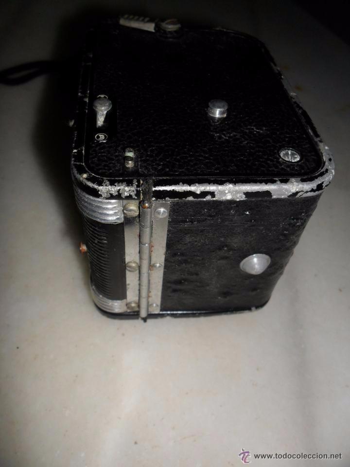 Cámara de fotos: Kodak -Cámara fotográfica antigua - Foto 7 - 49910604
