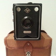 Cámara de fotos: CAMARA DE CAJA AGFA BOX 34 DE 1933 COMPRADA EN TOURS, FRANCIA. EXCELENTE ESTADO. INCLUYE FUNDA.. Lote 51633728