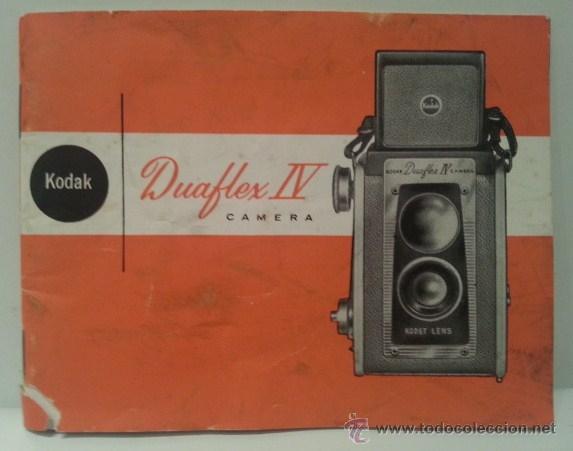 Cámara de fotos: ANTIGUA KODAK DUAFLEX IV OUTFIT DE 1955 CON FLASH, CAJA, 8 LÁMPARAS Y MANUAL ORIGINALES - Foto 30 - 53503789