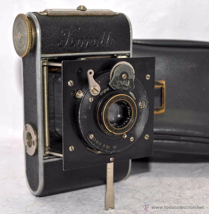 PEQUEÑA ANTIGUA CAMARA,FUELLE, 127 FILM..KOCHMANN KORELLE+..ALEMANIA 1933..MUY BUEN ESTADO..FUNCIONA (Cámaras Fotográficas - Antiguas (hasta 1950))