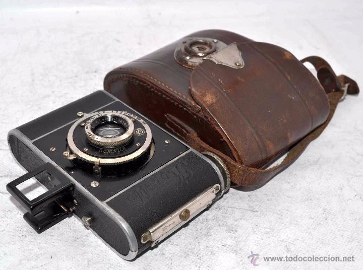 Cámara de fotos: PEQUEÑA, HISTORICA.FUELLE Y 127 FILM..KOCHMANN KORELLE+FUNDA.ALEMANIA 1933.MUY BUEN ESTADO..FUNCIONA - Foto 2 - 53812961