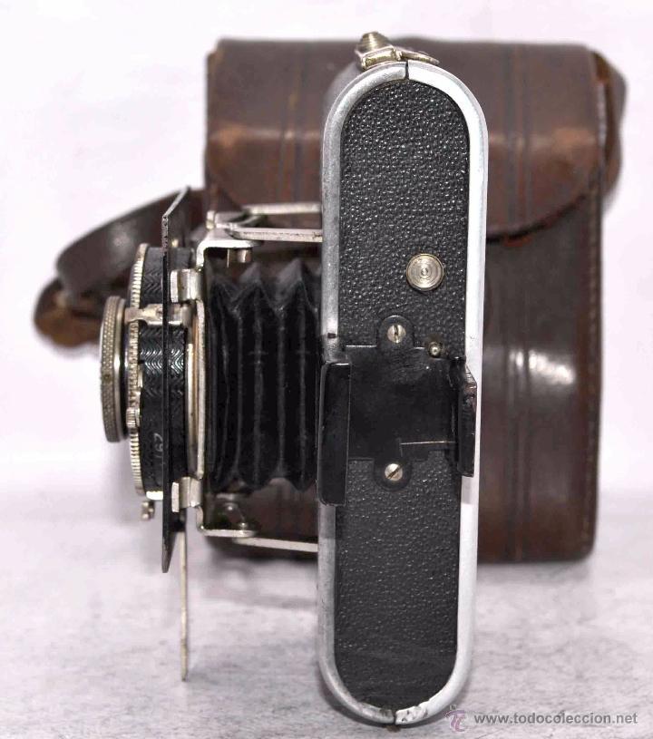 Cámara de fotos: PEQUEÑA, HISTORICA.FUELLE Y 127 FILM..KOCHMANN KORELLE+FUNDA.ALEMANIA 1933.MUY BUEN ESTADO..FUNCIONA - Foto 14 - 53812961