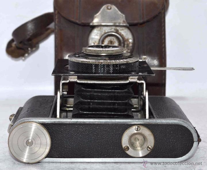 Cámara de fotos: PEQUEÑA, HISTORICA.FUELLE Y 127 FILM..KOCHMANN KORELLE+FUNDA.ALEMANIA 1933.MUY BUEN ESTADO..FUNCIONA - Foto 19 - 53812961