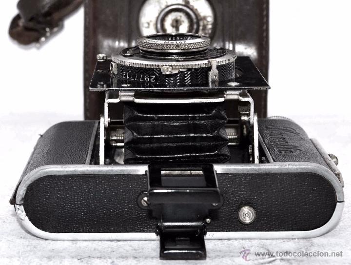 Cámara de fotos: PEQUEÑA, HISTORICA.FUELLE Y 127 FILM..KOCHMANN KORELLE+FUNDA.ALEMANIA 1933.MUY BUEN ESTADO..FUNCIONA - Foto 21 - 53812961