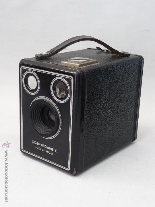CAMARA ANTIGUA KODAK SIX-20 BRWNE-C. GASTOS DE ENVIO 7€ PARA ESPAÑA. (Cámaras Fotográficas - Antiguas (hasta 1950))