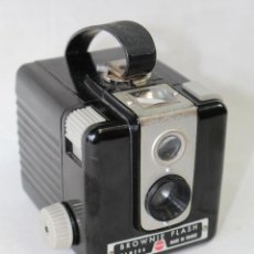 Fotokamera - CAMARA DE FOTOS BROWNIE FLASH DE KODAK. MADE IN FRANCE. - 56656041