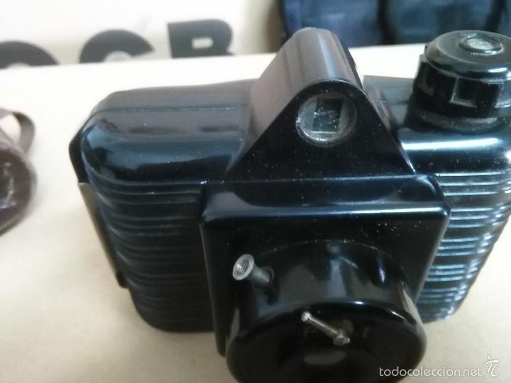 Cámara de fotos: ANTIGUA CÁMARA DE FOTOS UNIVEX -- BAQUELITA -- CON SU FUNDA ORIGINAL -- AÑOS 30?? 40?? - Foto 4 - 56818502