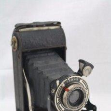Cámara de fotos: ANTIGUA CÁMARA FOTOGRÁFICA DE FUELLE - WIRGIN. WIESBADEN GEWIRONAR - AÑOS 30 - FOTOS - RESTAURACIÓN. Lote 57226702