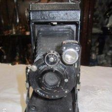 Cámara de fotos - Antigua cámara de fotos Zeiss Ikon, de fuelle. - 62829828