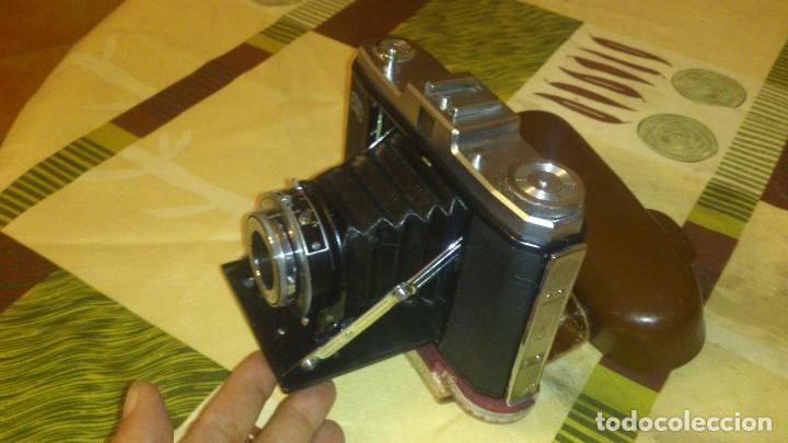 Camera de fuelle zeiss ikon nettar germany - Sold at Auction