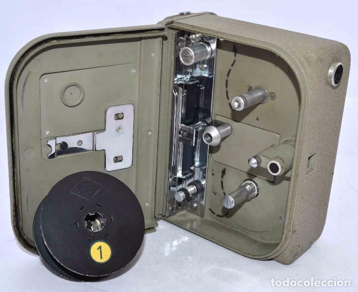 Cámara de fotos: BONITA Y RARA CAMARA DE CINE A PILAS..EUMIG ELECTRIC..AUSTRIA 1955..MUY BUEN ESTADO..FUNCIONA - Foto 19 - 66130266