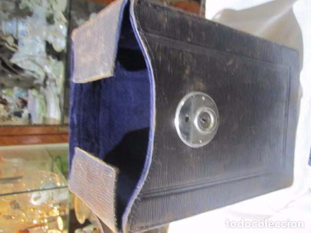 Cámara de fotos: Antigua cámara de fotos de fuelle, con placas, marca ICA. Para restaurar. Placas medida 19 X 11 cm. - Foto 8 - 77408893