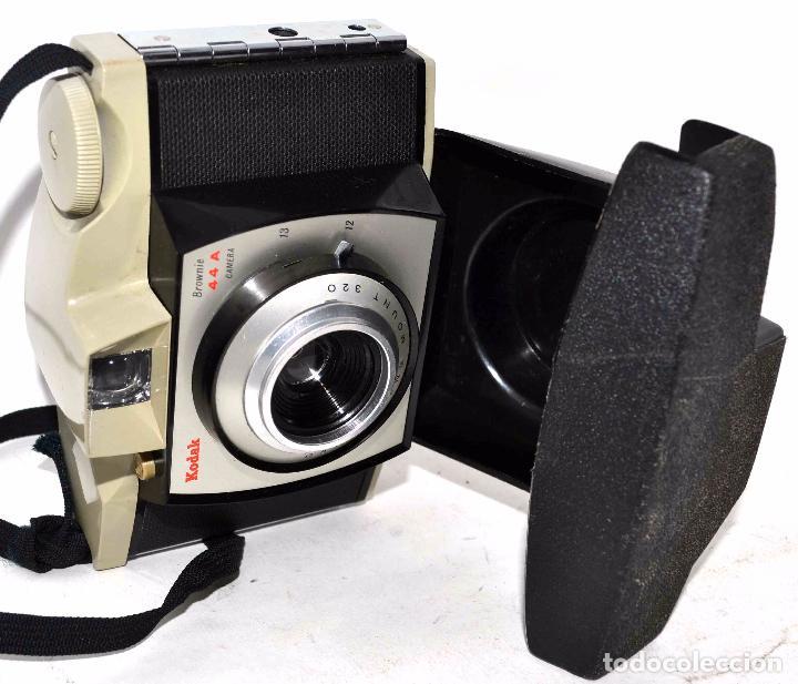 Cámara de fotos: BONITO DISEÑO EN 127 FILM..KODAK BROWNIE 44 A+FUNDA.INGLATERRA 1959..MUY BUEN ESTADO..FUNCIONA - Foto 6 - 48013624