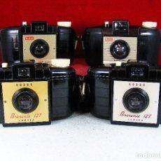 Cámara de fotos: COLECCION DE CUATRO CAMARAS KODAK BROWNIES MODELO 127 LIMPIAS Y FUNCIONAN. Lote 125062076