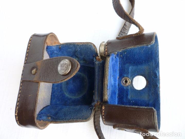 Cámara de fotos: Cámara Fotográfica en Miniatura - Eljy, Lumiere - Años 40-50 - Funda Original Y Disparador ORIGINAL - Foto 8 - 84176172