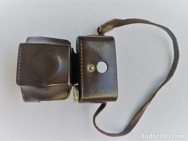 Cámara de fotos: Cámara Fotográfica en Miniatura - Eljy, Lumiere - Años 40-50 - Funda Original Y Disparador ORIGINAL - Foto 9 - 84176172