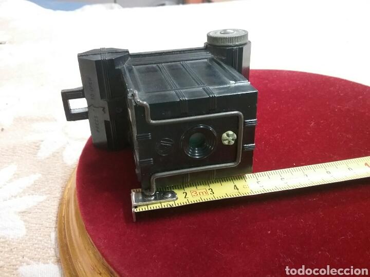 Cámara de fotos: Minicamara Univex, baquelita (años 1940). IMPECABLE. Mide 7cm x 9cm , estuche de cuero. - Foto 5 - 88265686