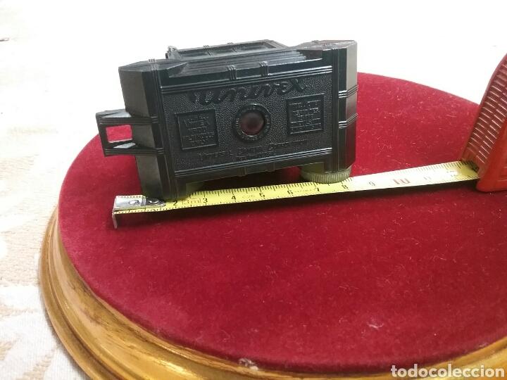 Cámara de fotos: Minicamara Univex, baquelita (años 1940). IMPECABLE. Mide 7cm x 9cm , estuche de cuero. - Foto 2 - 88265686