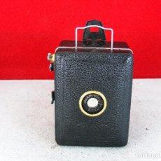 Cámara de fotos: BABY BOX ZEIS IKON CAMARA DE CAJA EXCELENTE ESTADO LIMPIA Y FUNCIONA. Lote 93290674