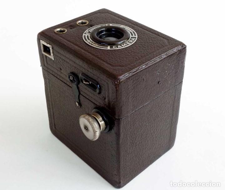 Cámara de fotos: ANTIGUA CÁMARA CORONET BOX 6X9 MARRÓN. ENGLAND AÑOS 30. - Foto 5 - 96899567