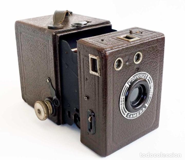 Cámara de fotos: ANTIGUA CÁMARA CORONET BOX 6X9 MARRÓN. ENGLAND AÑOS 30. - Foto 6 - 96899567